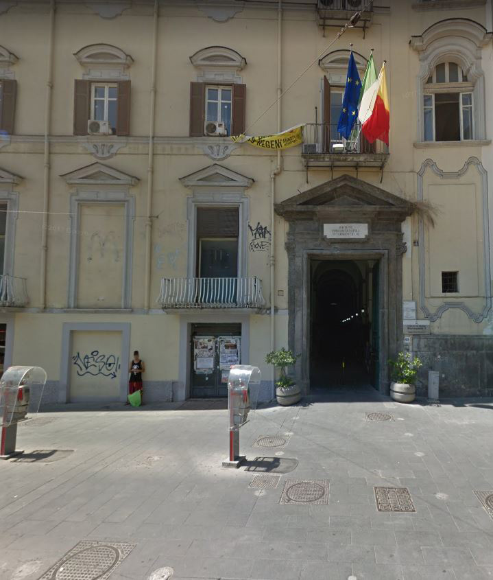 A Napoli il primo sportello per i cittadini sovraindebitati
