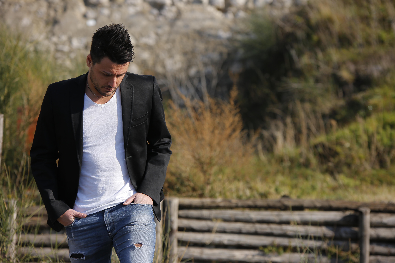 """""""HO PENSATO DI LASCIARTI"""" - il nuovo singolo di Antonio Zeno su YouTube"""