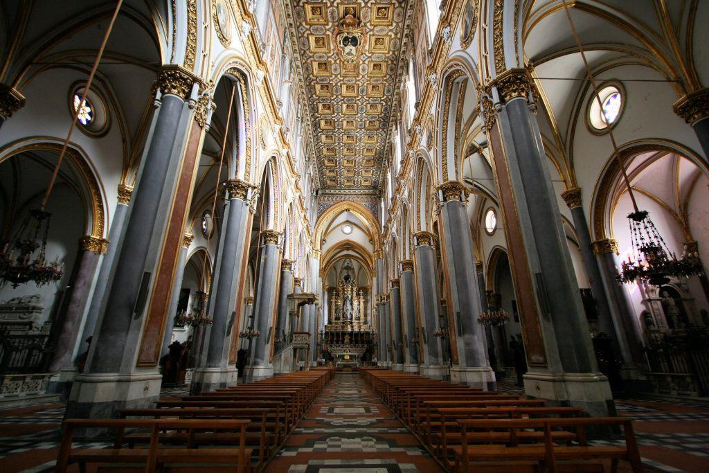 Alla scoperta dei luoghi inaccessibili della Campania con Timeline 1