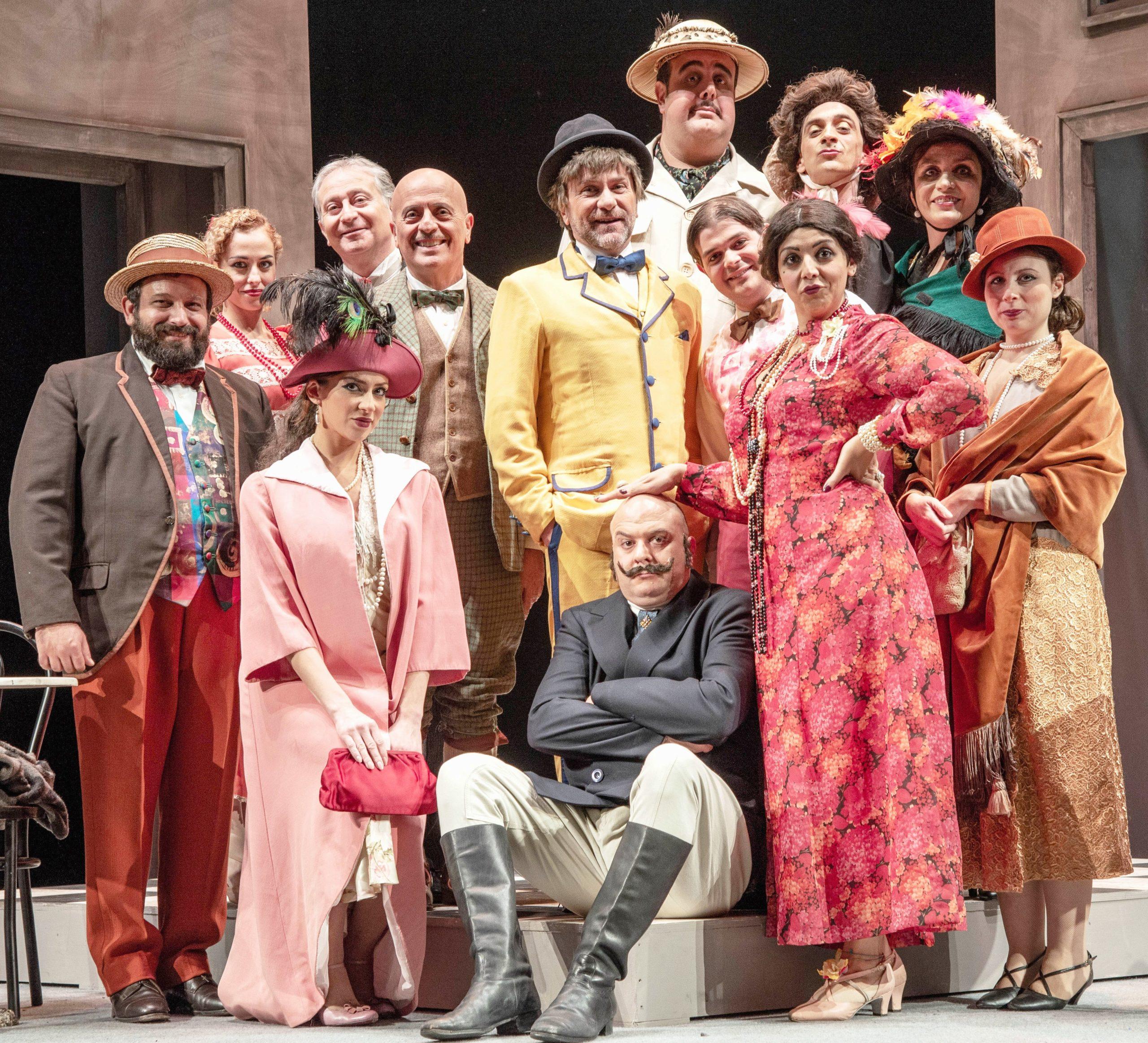 Al Teatro Augusteo Lo zio del medico dei pazzi Gianfranco Gallo tra follia e comicità