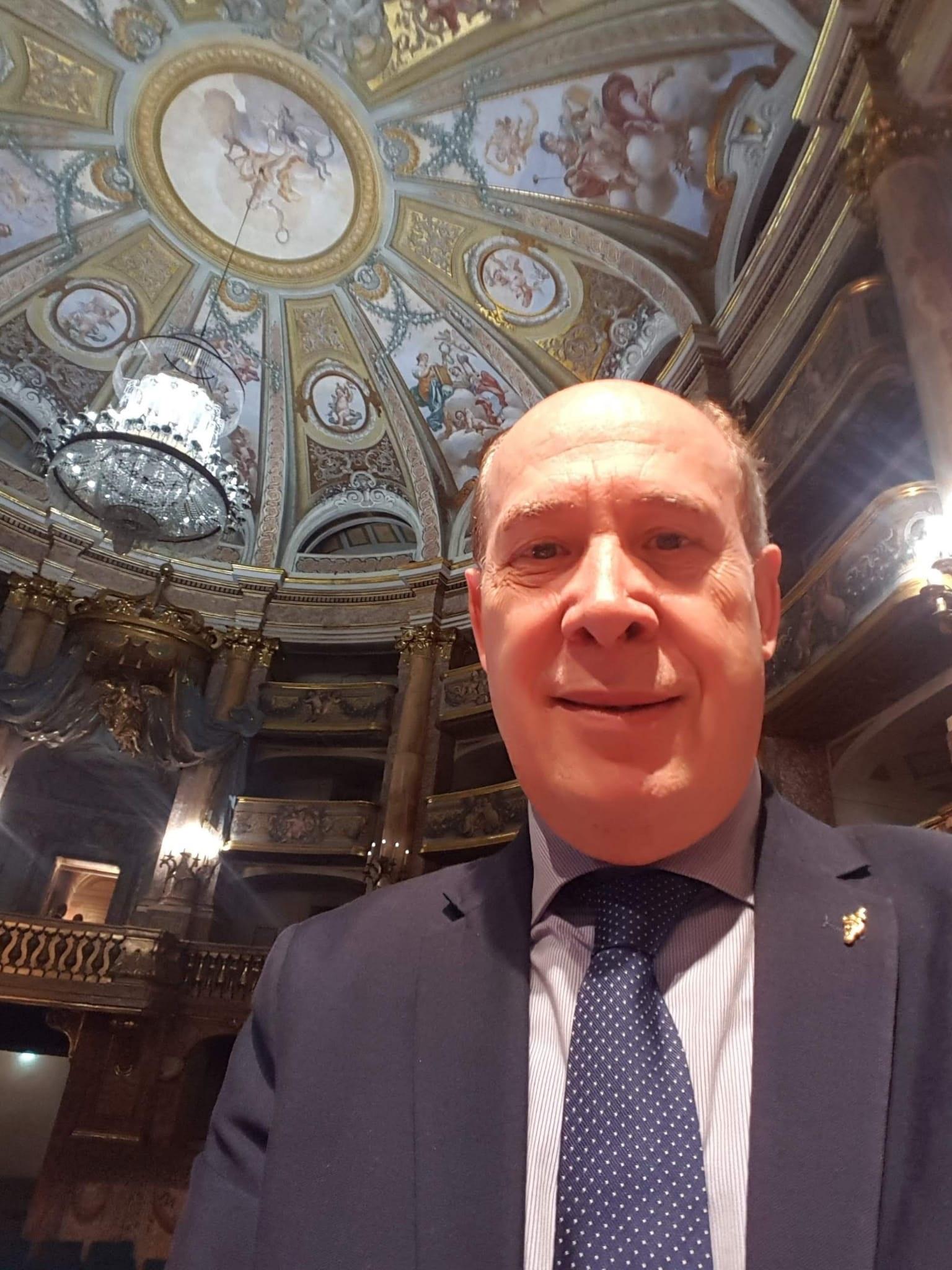 SERAO PER L'OSPEDALE DI CASERTA  UN COCKTAIL A CHI DONA