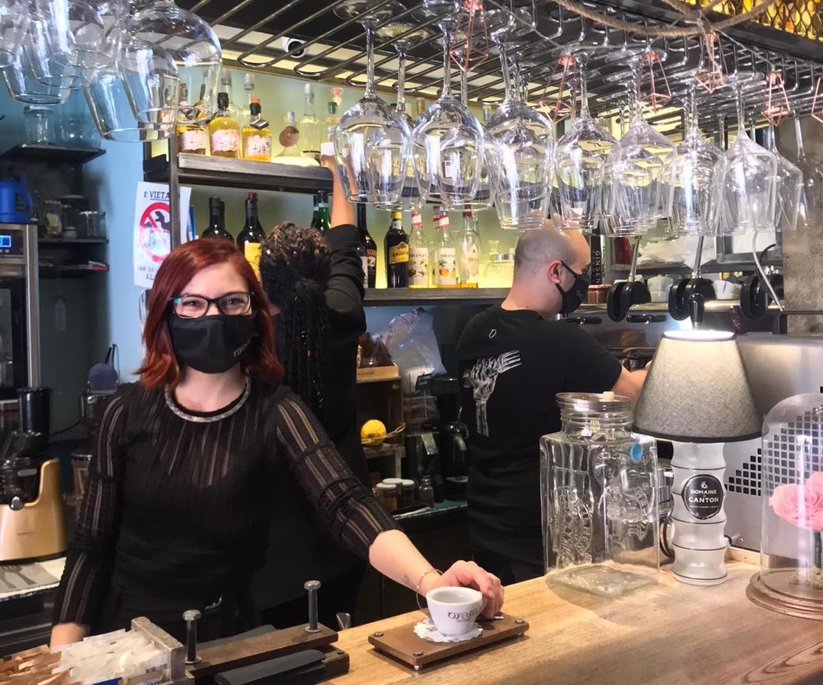 Opera re-start: colazioni e cene gratis per medici e infermieri nei bar e nel ristorante del Vomero 6