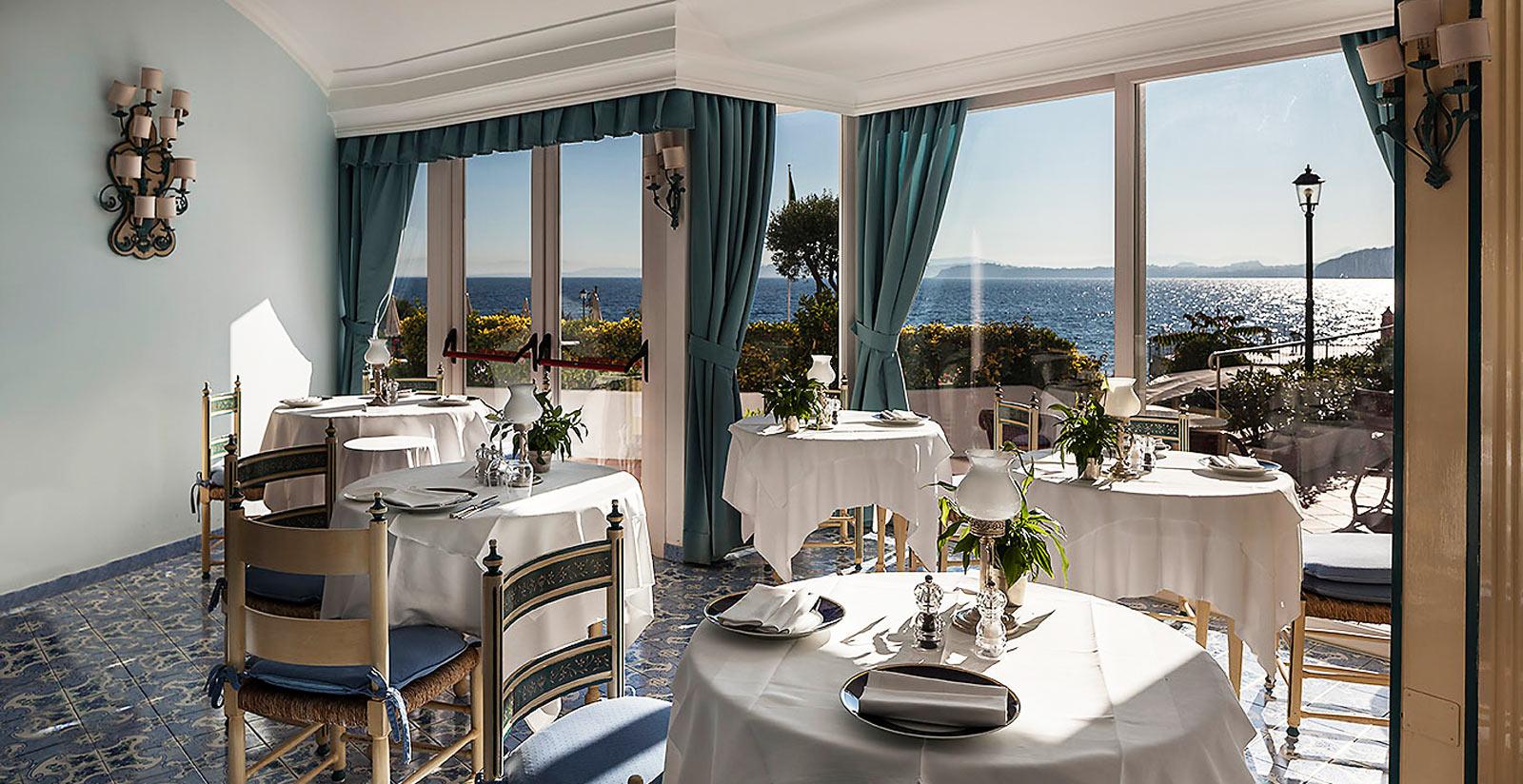 Riapre domani il Punta Molino, il Grand Hotel del jet set internazionale e della dolcevita ischitana 3